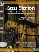 Bass Station Volume 2 (libro/CD)