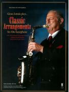 Plays Classic Arrangements for Alto Sax (score/CD)